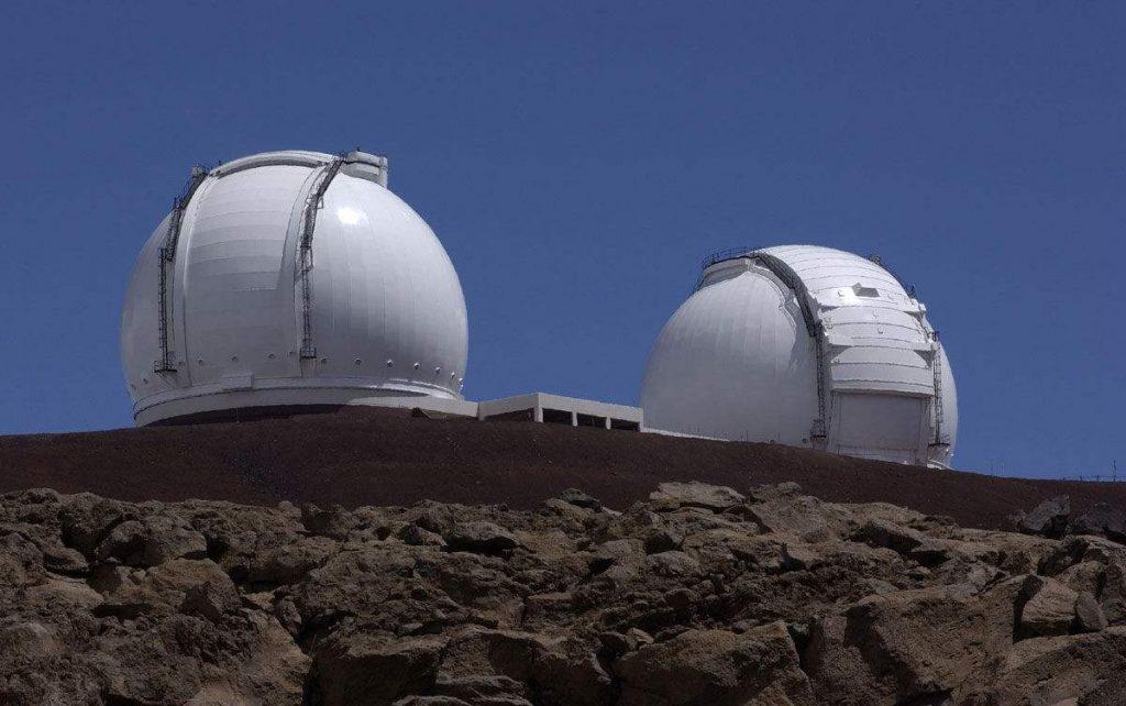现代大型光学望远镜插图